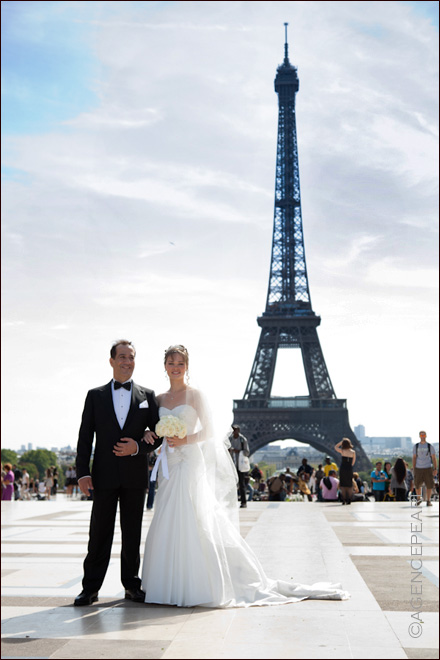 photographe mariage - Photo de mariage place du Trocadero - Paris