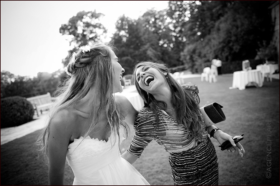 photographe mariage - Photo de mariage originale d'un fou rire