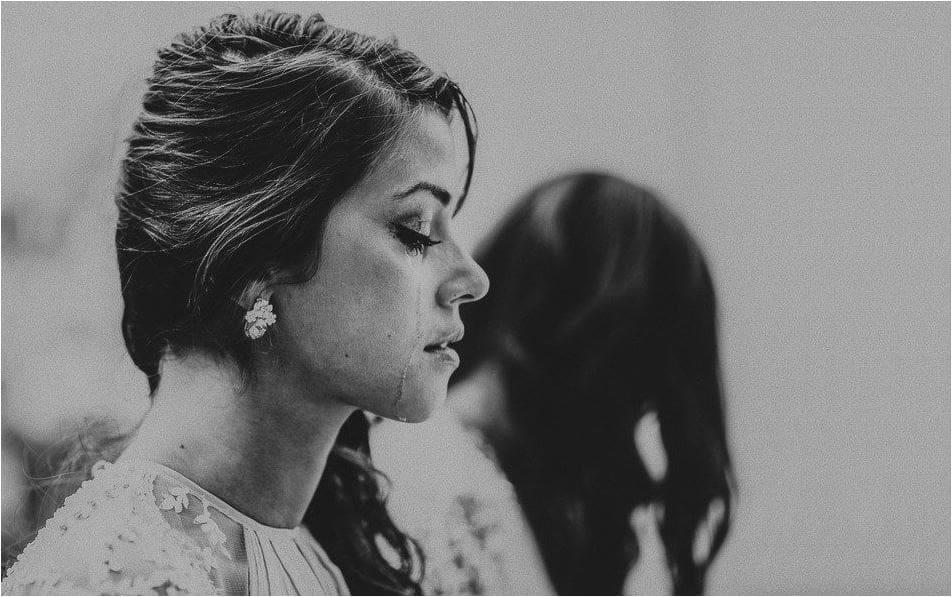 La mariée en larme
