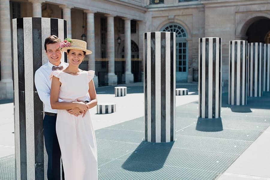 Séance couple aux colonnes de Buren
