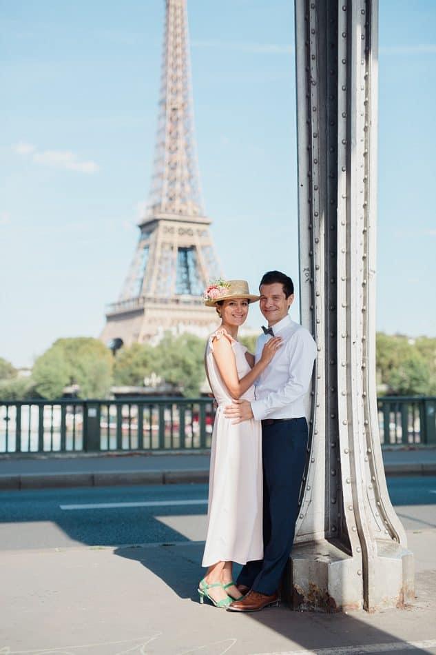 La tour Eiffel et les mariés