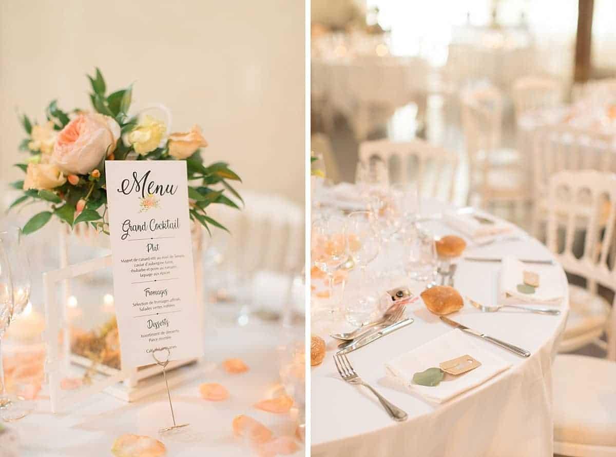 Table des mariés joliment décorée