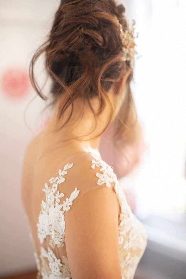 Robe de la mariée en dentelle