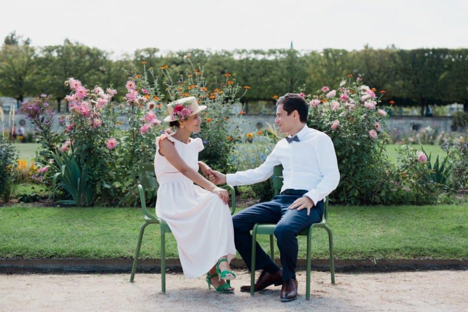 séance couple romantique au jardin des tuileries